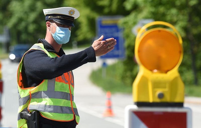 Coronavirus update: Switzerland enters 2nd phase of easing COVID-19 measures