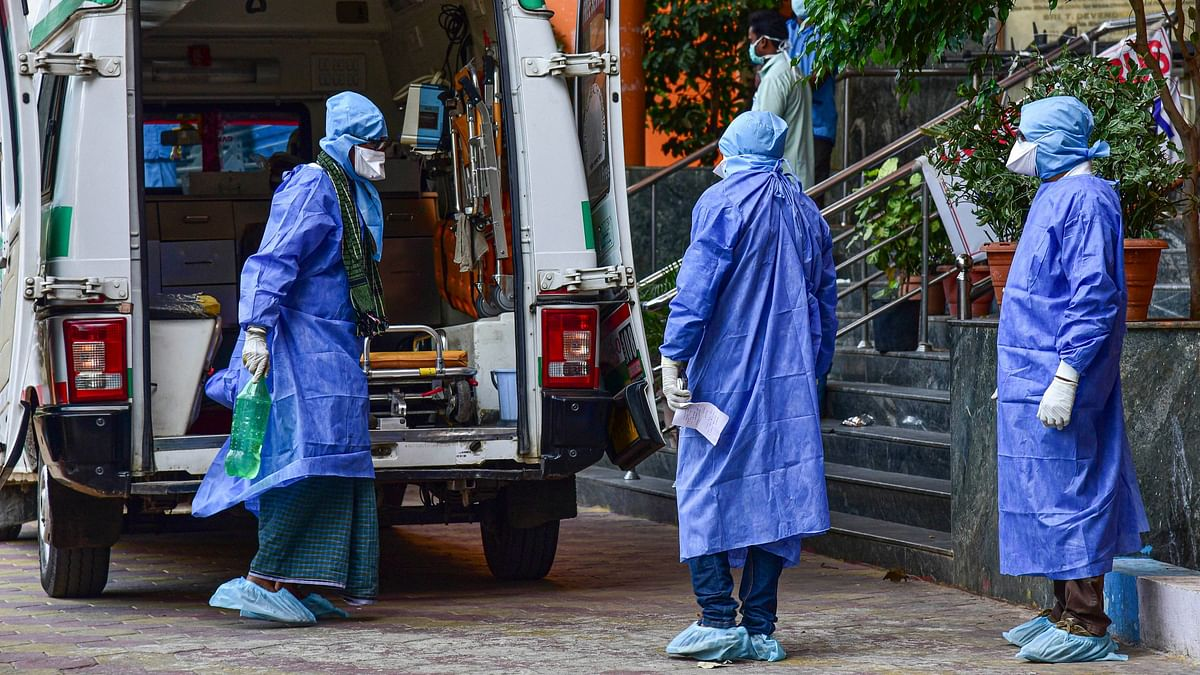 Coronavirus in Mumbai: Bombay HC rejects petition challenging burial of bodies of COVID-19 victims in Bandra cemetery