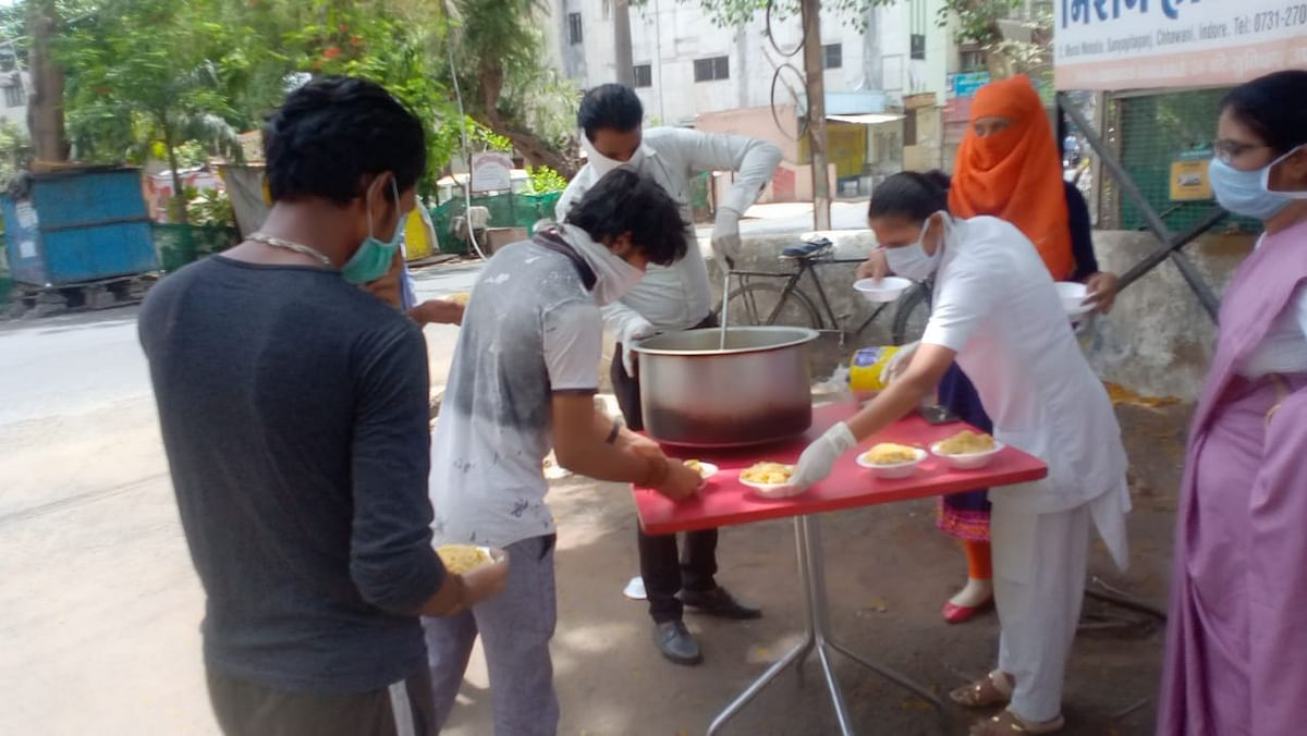 Indore: Following Jesus's preaching, Christian Community comes to fore for the needy amid lockdown