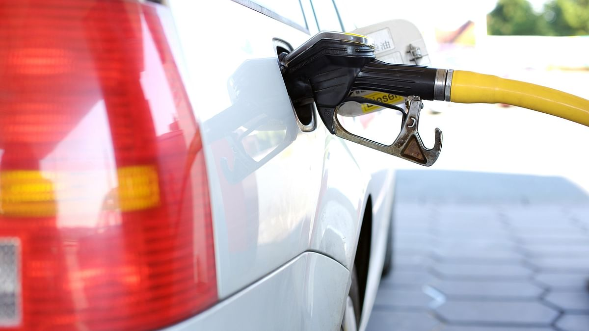 Petrol and diesel prices in Mumbai, Thane, Navi Mumbai and Pune: Maharashtra govt hikes cess; petrol, diesel prices increase by Rs 2