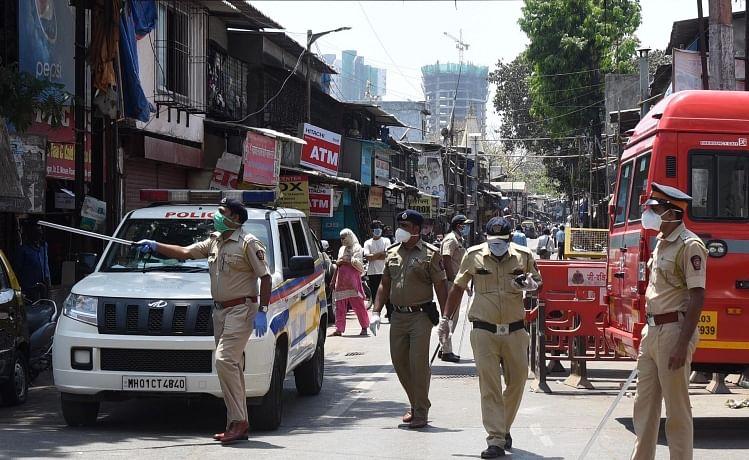 Mumbai crime: Men who assaulted Kurla, Bandra cops booked