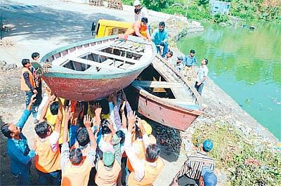 Bhopal: Boat owners struggle to meet daily expenses amid lockdown