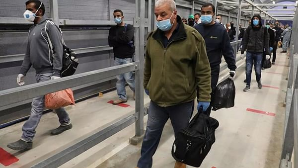 Coronavirus update: Palestine to renew lockdown on Eid