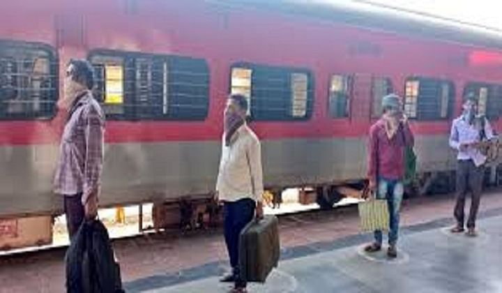 Karnataka cancels 13 Shramik trains citing lack of passengers