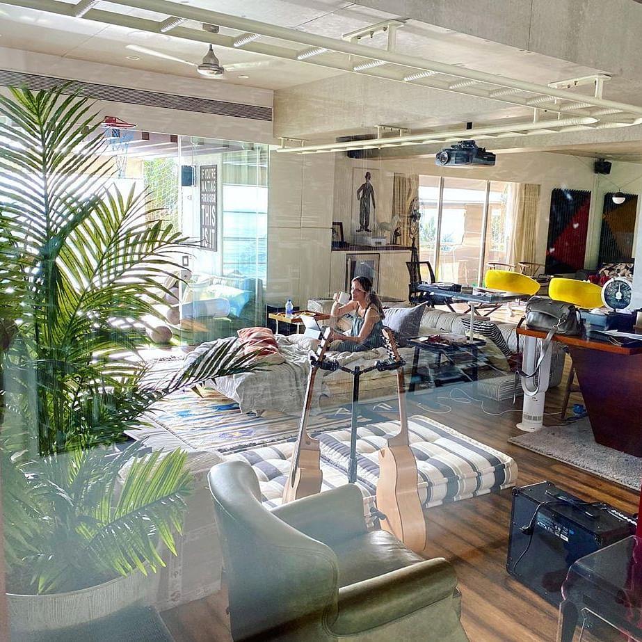 Inside pictures of Hrithik Roshan's swanky sea-facing Mumbai home