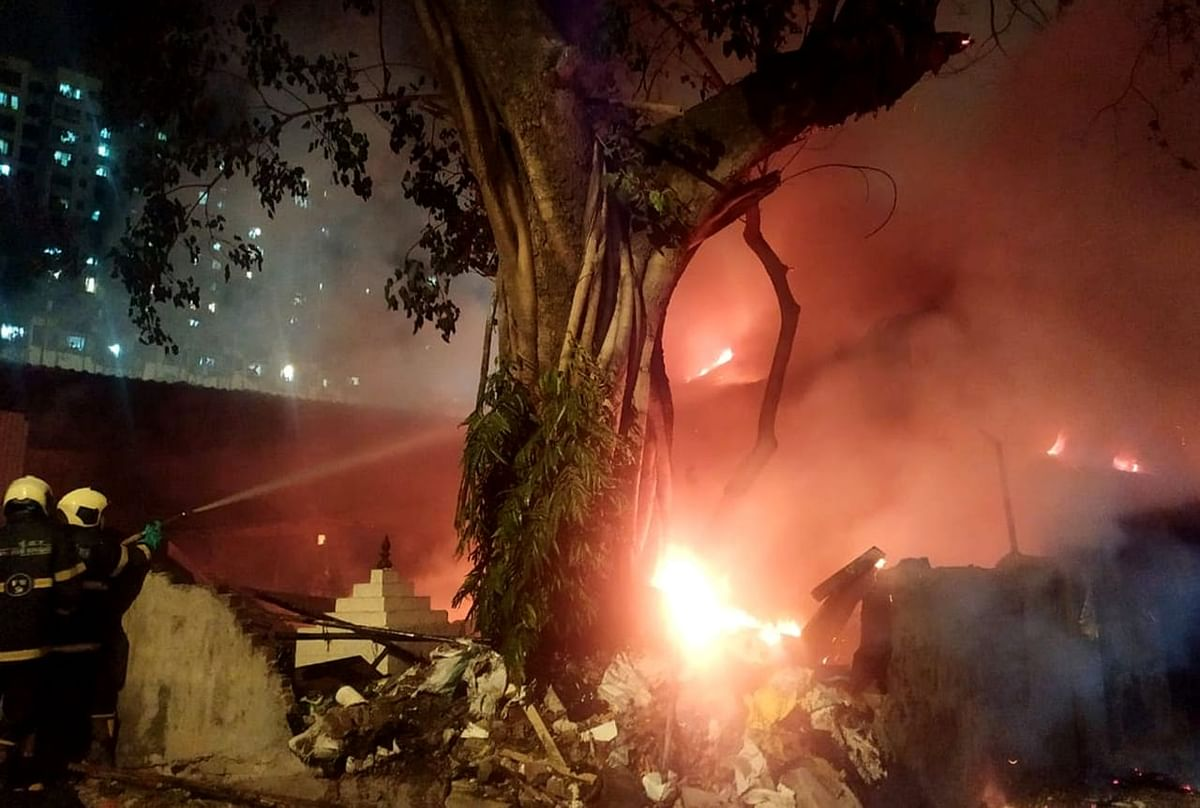 Mumbai: Fire breaks out at popular Ganpati idol maker Vijay Khatu's godown in Chinchpokli