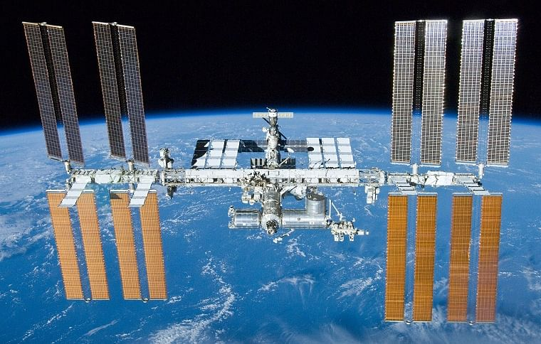 NASA, SpaceX get ready for historic mission to ISS