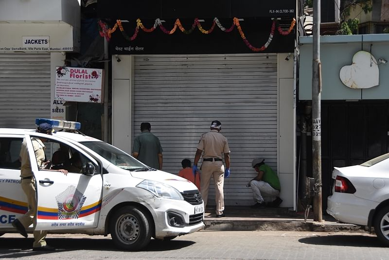 Shopkeepers of non-essentials bat for reopening of business