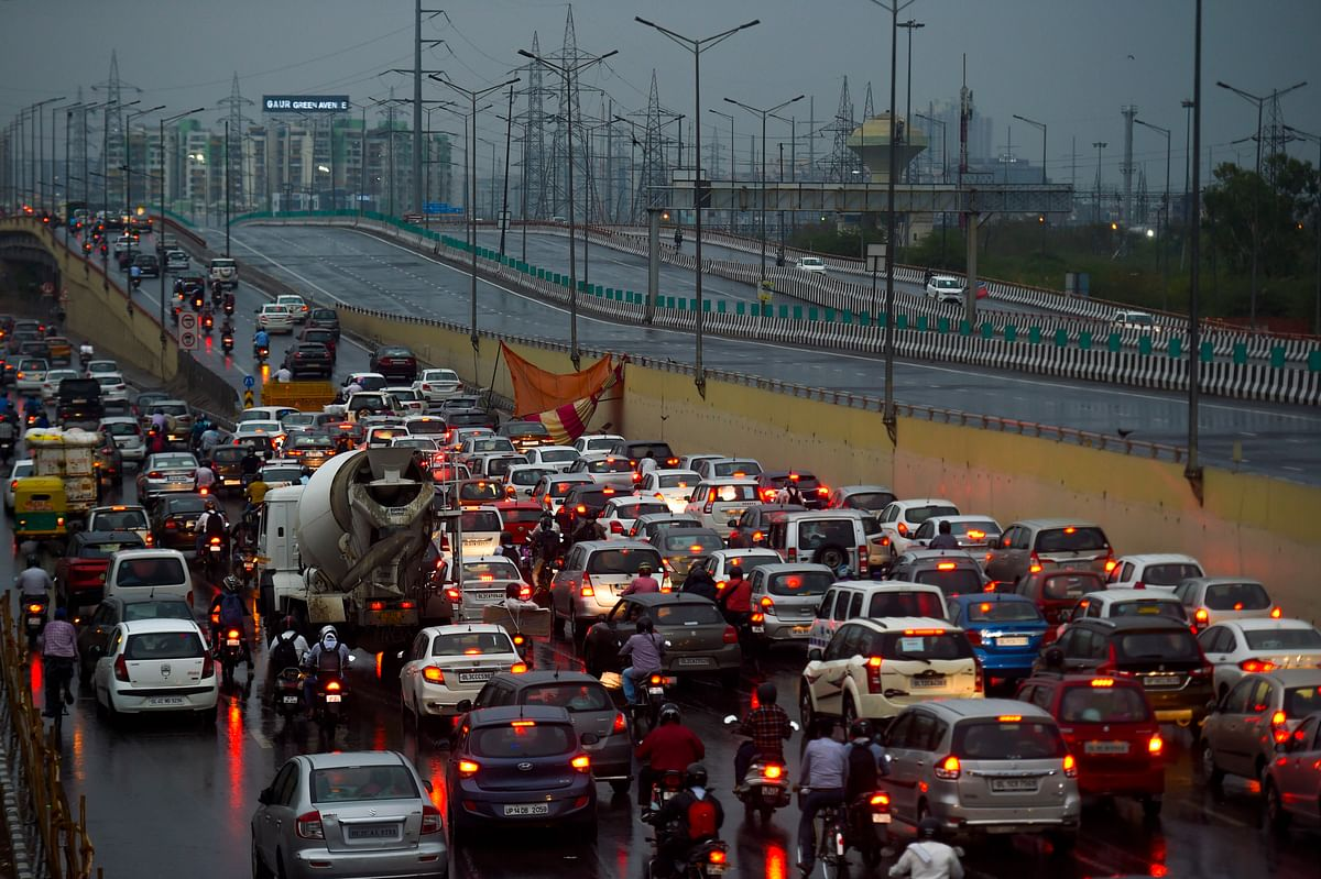 Green tax proposed on polluting vehicles: @50% of road tax in cities like Delhi & Mumbai