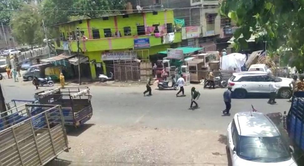 Warriors under attack: Few miscreants launch attack, protest against cops in Indore for arresting lockdown violator