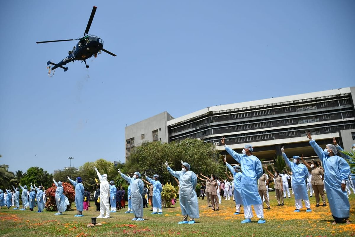 Watch: IAF pays tribute to healthcare workers fighting coronavirus battle, aircraft flypast over hospitals to shower flower petals