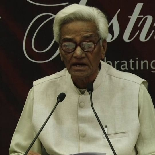 Noted Urdu writer Mujtaba Hussain passes away after suffering cardiac arrest