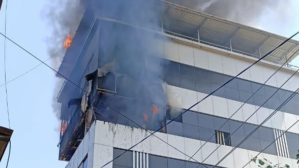 Fire breaks out at Eagle Infra in Ulhasnagar