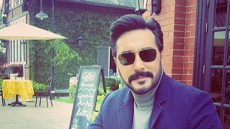 Pak actor Adnan Siddiqui apologises to Irrfan Khan, Sridevi's families for show host's 'callous' remark