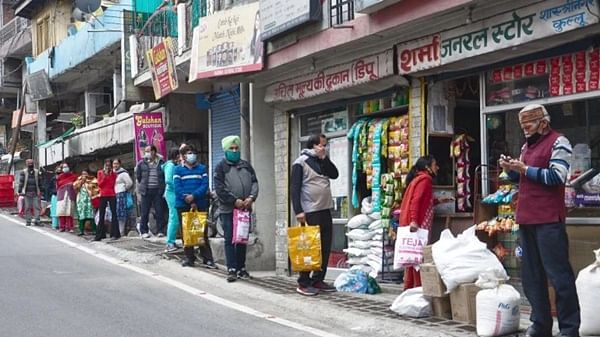Bhopal: Businessmen demand permission to run shops