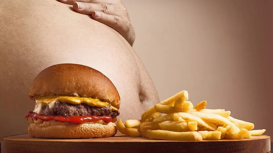 Obesity not related to how close you live to fast food outlets, a study claims