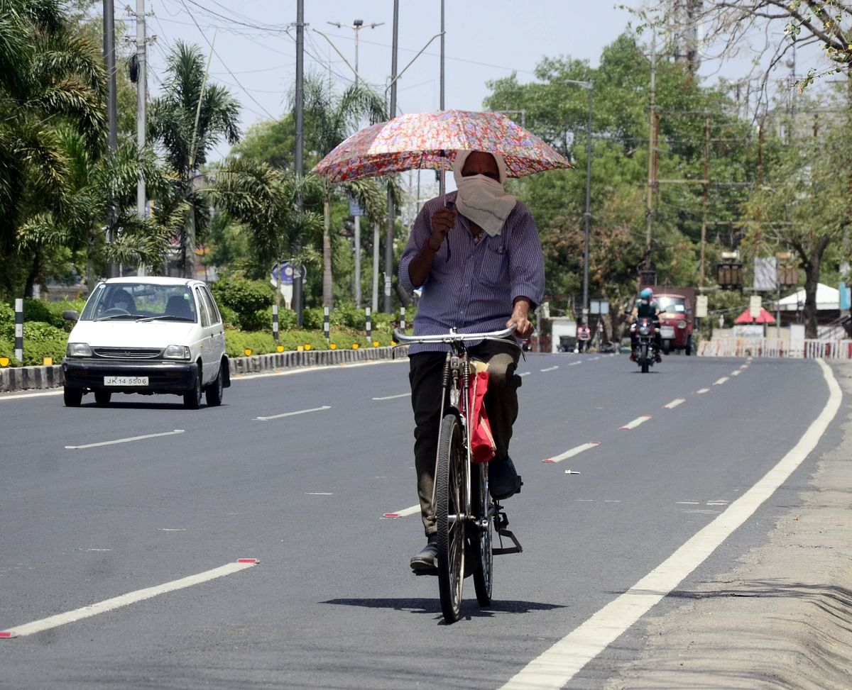 MP under heat wave, Gwalior, Nowgaon and Khajuraho sizzle at 46 degrees Celcius