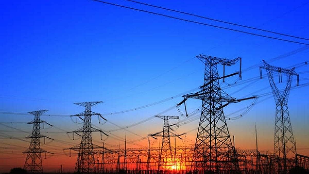 Discoms' outstanding dues to power gencos rise 36% to Rs 1.29 lakh cr in July