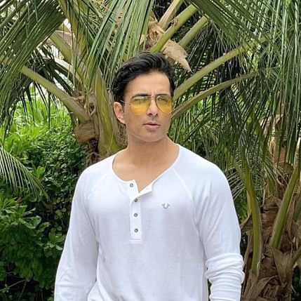 Sonu Sood launches mobile app to help migrants find job opportunities