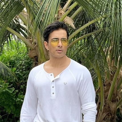 Amid migrant crisis, Sonu Sood best-rated celebrity by clients and consumers: Survey