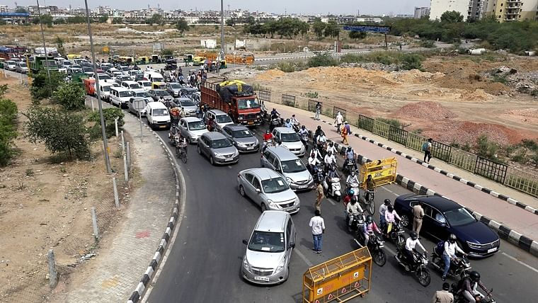 Massive chaos at Delhi-Gurugram border after Haryana govt orders sealing borders with capital over COVID-19