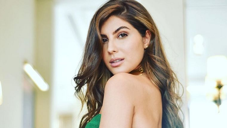 'Sacred Games' actor Elnaaz Norouzi's hacked Instagram account has been recovered