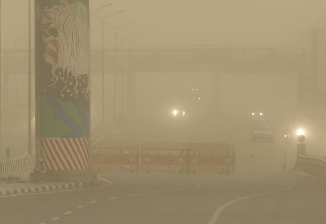Watch: Dust storm, heavy rains hit Delhi-NCR, gives slight relief from scorching weather
