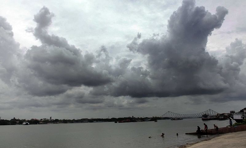 Cyclone Yass: Low-pressure area over Bay of Bengal likely to intensify into very severe cyclonic storm; to hit coastal Odisha, West Bengal on May 26