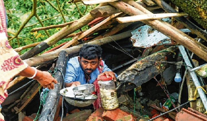 Migrant labourers stare at uncertainty