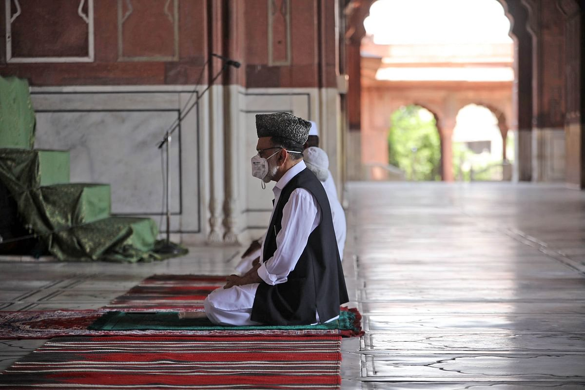 Delhi HC allows 50 people to offer namaz 5 times a day at Nizamuddin Markaz during Ramadan 2021