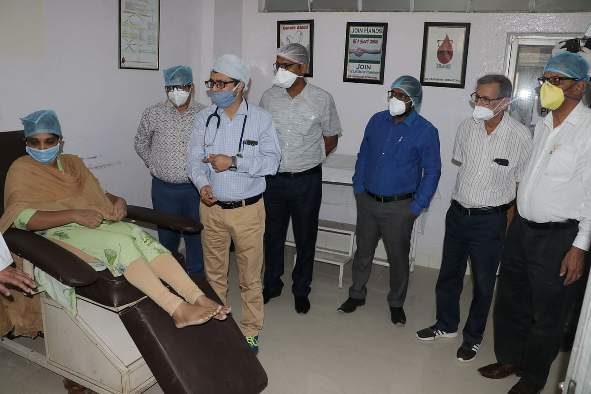 Ujjain: Plasma therapy to fight Covid-19 infection starts at RDGMC