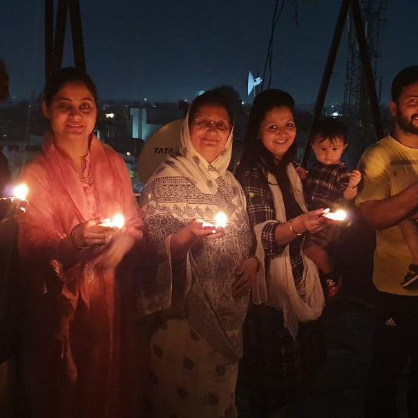 Kahani Ghar Ghar Ki: 'Gaur' family;  Always with the Indore, for the Indore