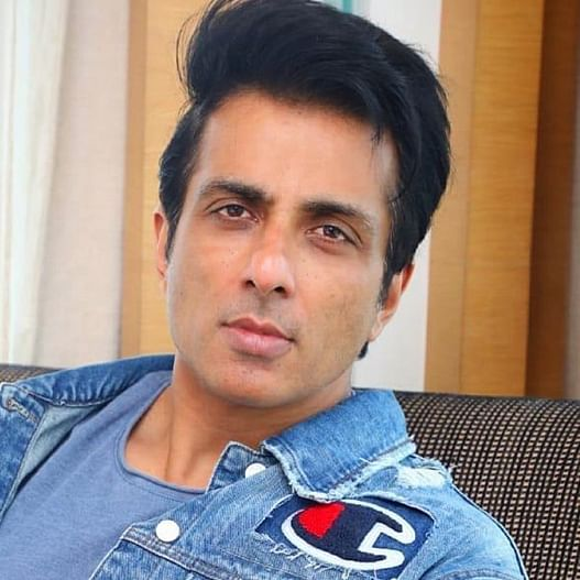 Bombay HC dismisses Sonu Sood's petition challenging BMC notice on illegal construction at his residence