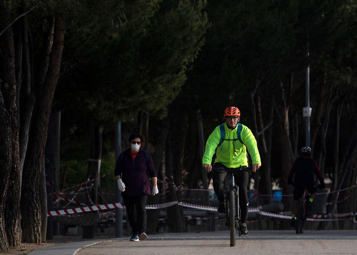 Bikes: New best friends for Spaniards