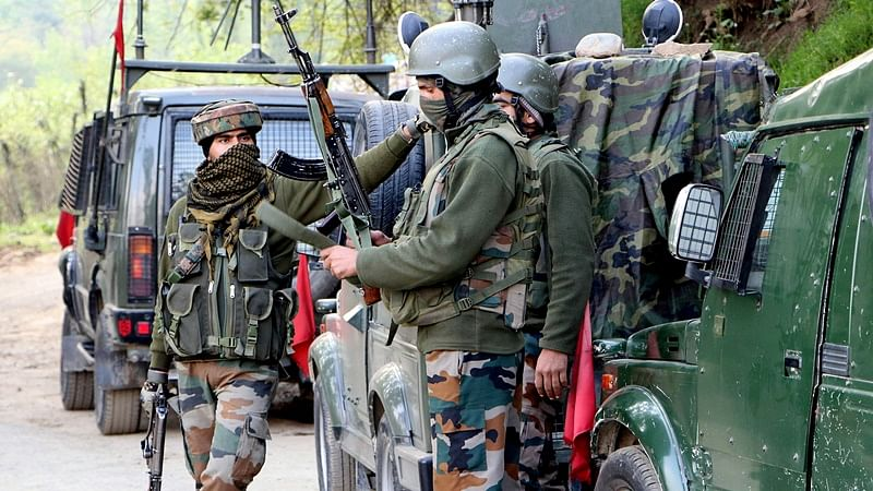Colonel, Major among five security personnel killed in encounter with terrorists in north Kashmir