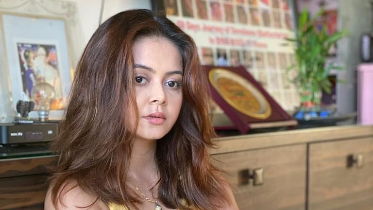 Devoleena Bhattacharjee's back in quarantine after cook sent to COVID-19 isolation facility