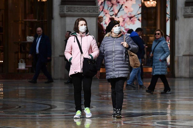 Coronavirus update: Mass in masks as Italy gets on its feet