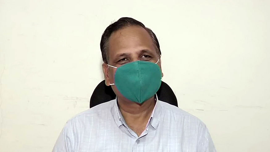 Delhi Health Minister Satyendar Jain, who tested for COVID-19, put on oxygen support after his lung infection increases