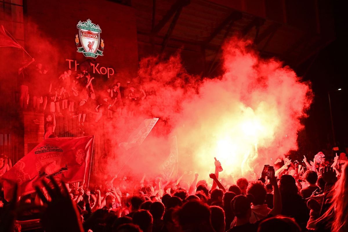Liverpool paint city red