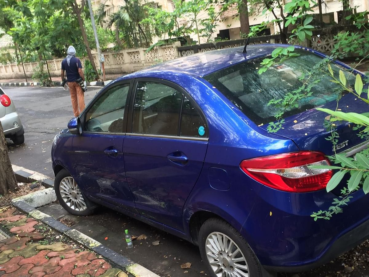 Mumbai: 41-year-old man hangs self inside parked car in Powai