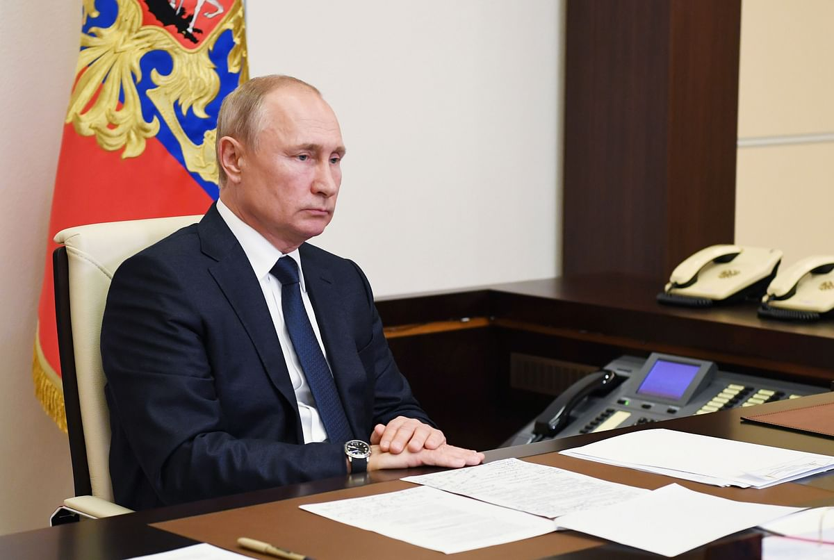Russian President Vladimir Putin sets July 1 for vote to extend his rule for years