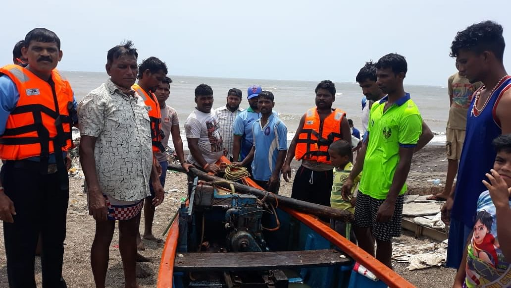 Three fishermen rescued from sea near Maharashtra's Uttan after boat overturns
