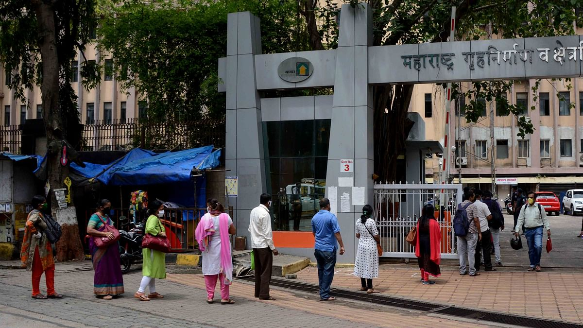 Mumbai goes back to work with government ordering 10% attendance at private offices