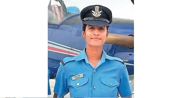 Madhya Pradesh: Chief Minister Shivraj congratulates Neemuch's Aanchal on being selected for Air Force