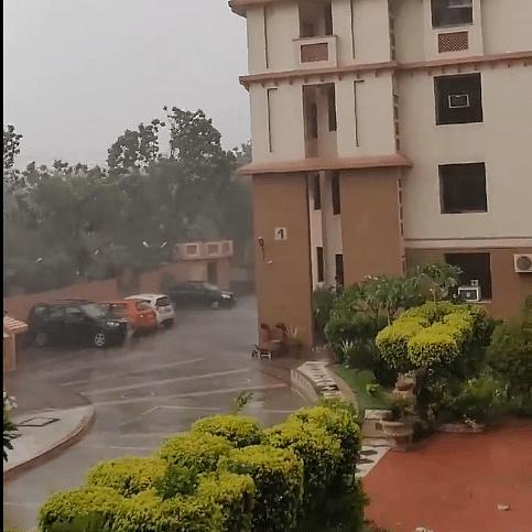 Delhi Weather Update: Thundershower, dust storms hit Delhi, Noida in NCR