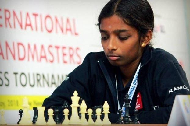 Young Vaishali stuns former world champion Stefanova