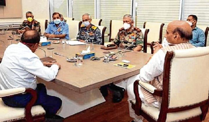 Ladakh situation: Defence Minister meets Jaishankar, CDS, Army chief