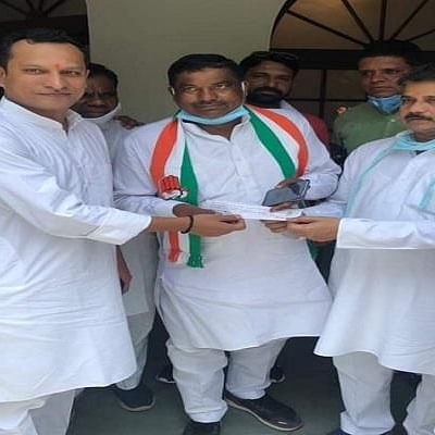 Madhya Pradesh Bypolls: Ajab Singh Kushwaha severs ties with BJP, joins Congress