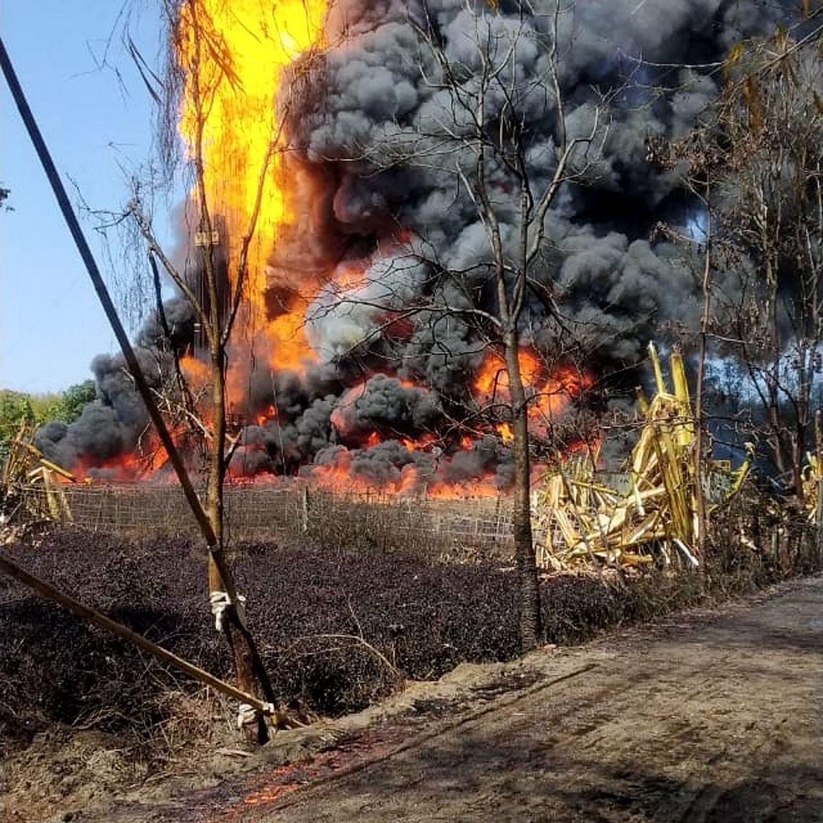Massive fire engulfs Assam's Baghjan oil well