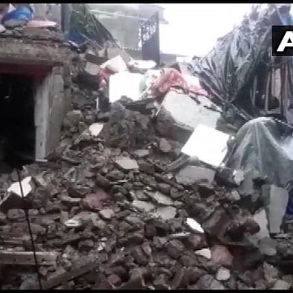 Mumbai: Part of empty building collapses in Kurla; none hurt